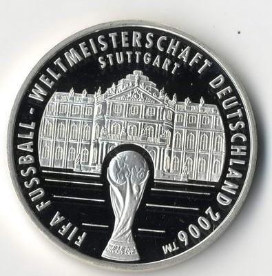 Medaillen-Sammlungen wie Fußball-Medaillen bewertet Torsten Hornung in Wiesbaden.