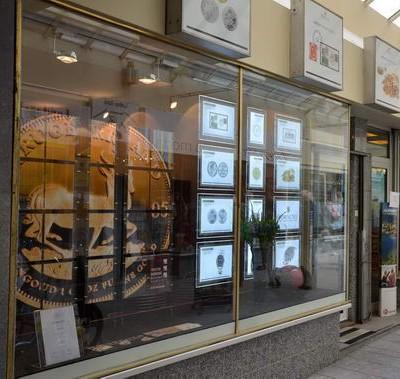 Das Münzenfachgeschäft in der Wilhelmstraße ist Treffpunkt internationaler Münzensammler.