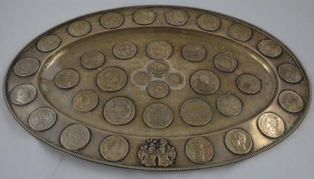 Kaiserreich Münzenteller mit 36 Silbermünzen und Talern