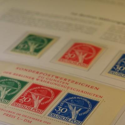 Briefmarken aus Berlin, Währungsgeschädigten, Satz und Block, postfrisch